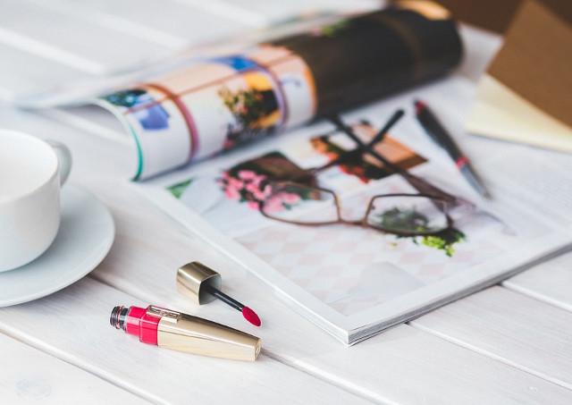 美容雑誌でPRを行うなら広告・宣伝・商品開発など幅広い相談に対応するラフィネスタイルへ